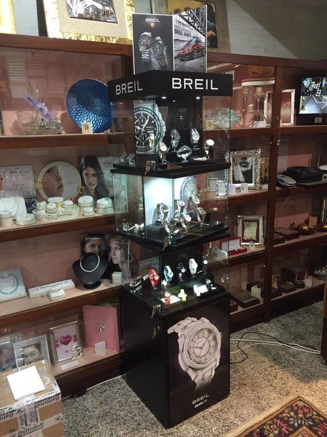 Esposizione di orologi Breil