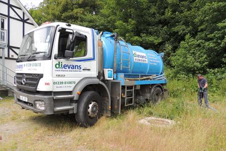 drainage waste removal van