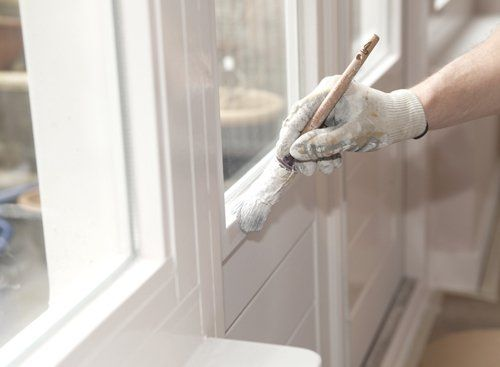 Professional providing wide range of painting services in Hamilton