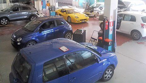 Esposizione auto in vendita a Villa Carcina