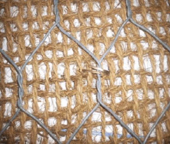rete metallica con rete di contenimento in fibre di cocco