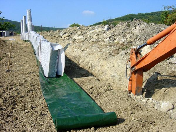 sistema di drenaggio con telo verde