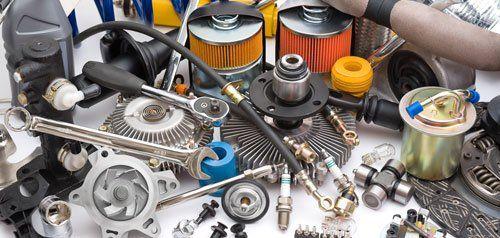 candele per motori, chiave inglese filtri a cono e altri materiali e attrezzature