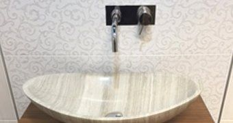 A free standing sink