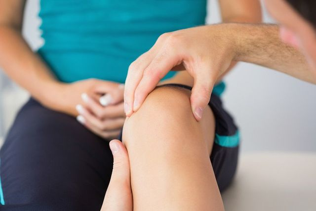 treatment for the knee injury
