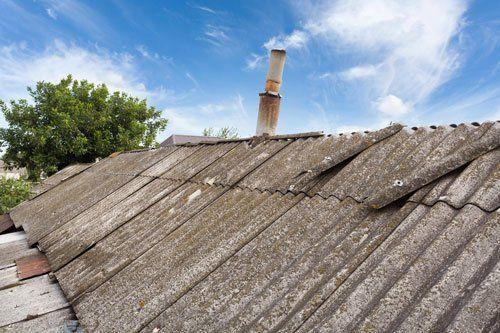 vecchie tegole di amianto pericolose