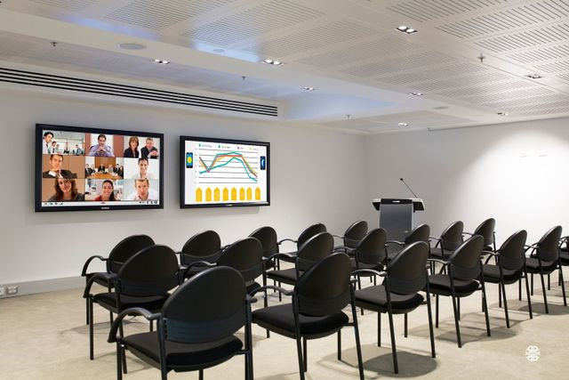 Video conferencing Plasma and LCD displays Digital signage LCD/DLP projectors and projection screens Sound and acoustic equipment Interactive digital whiteboards Control systems for room automation and signal routing Conference Rooms Lobby Media Auditoriums Overhead Paging/Music Sound Masking