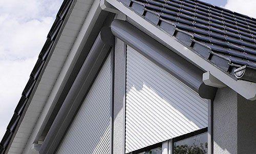 Persiane codevigo pd casa in out - Tende per finestre oblique ...