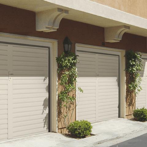 MGM Infissi: Vendita ed installazione porte per garage a Cagliari