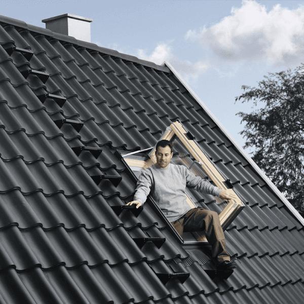 MGM Infissi: Vendita a Cagliari di Abbaini e finestre per tetti manuali ed elettriche
