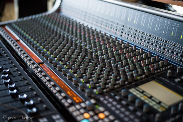 Edge Recording Studio Cheshire Manchester England Music Mixing Mastering
