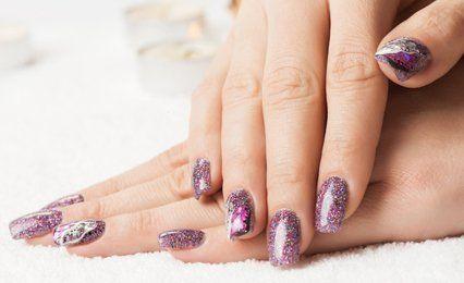 Long lasting shellac nails