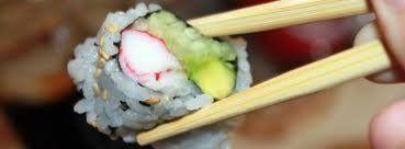 Sushi con bacchette
