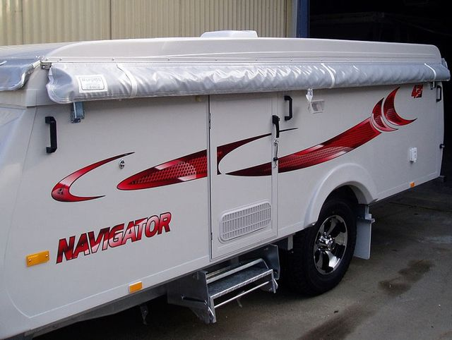 Wilfords bag awning wall on a navigator caravan