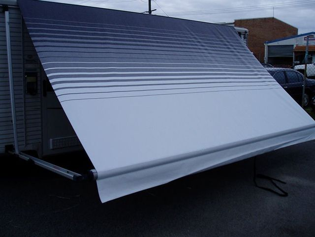 Roll out awning repair