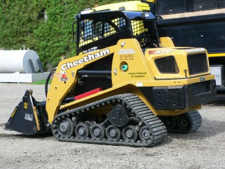 An excavator available for excavation in the Bay of Plenty