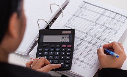 Financial accountants