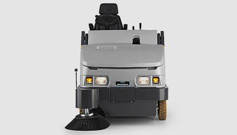 Mach 6 Industrial Sweeper
