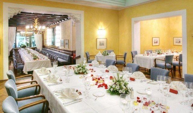 Das Grand Café präsentiert sich abends als wunderschönen Salon für Anlässe