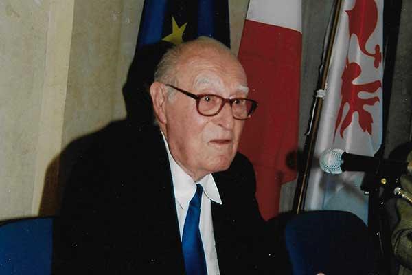 Professor D'Alessio Roberto