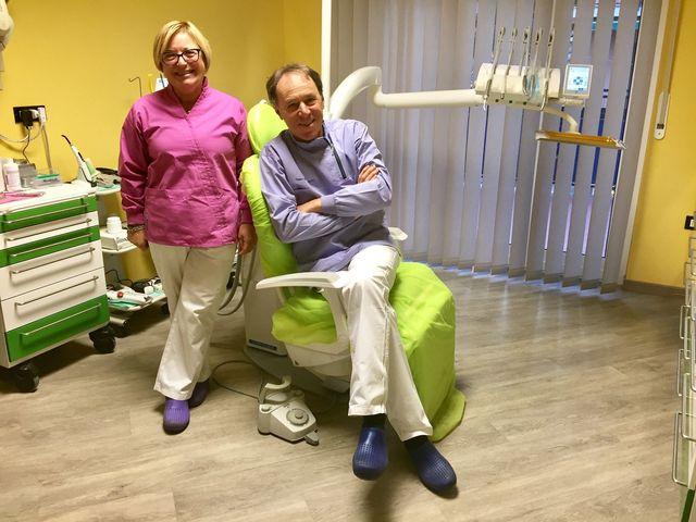 strumentazione per visite dentistiche