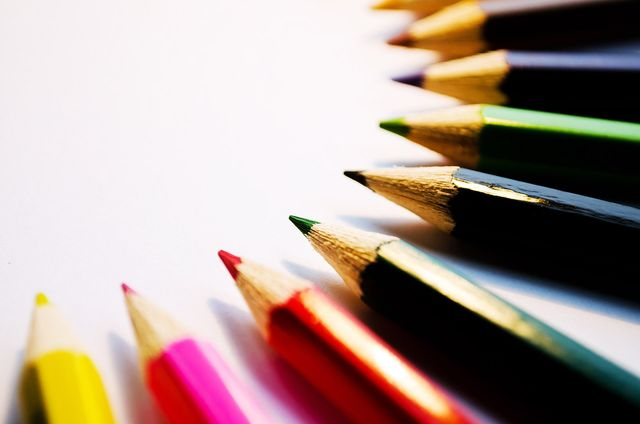 colored pencils for education