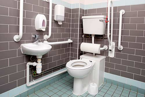 View of the bathroom accessories