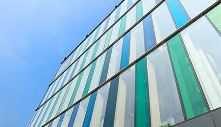 annealed glass wall building