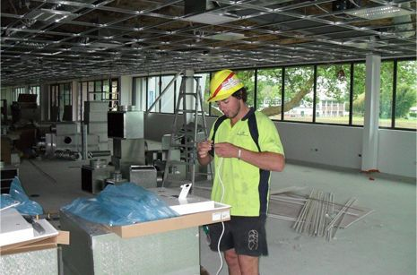 Commercial electrician in Hamilton