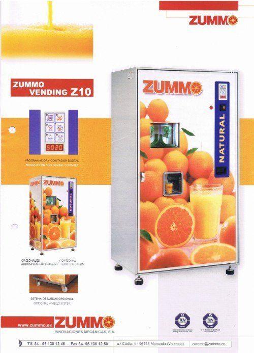 Locandina pubblicitaria per distributore automatico di spremute d'arancia Zummo