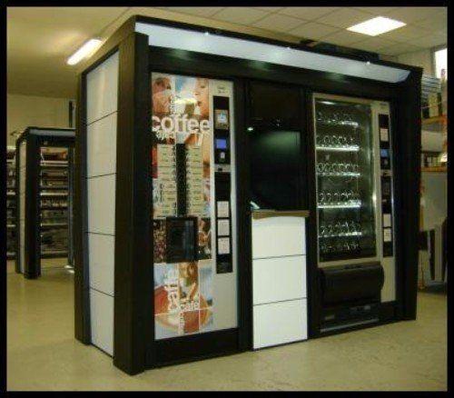 Doppio distributore automatico per caffè e bevande