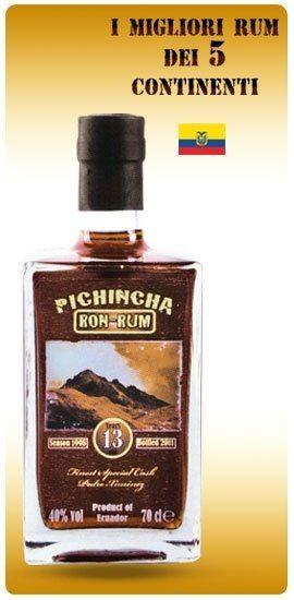 una bottiglia di rum Pichincha