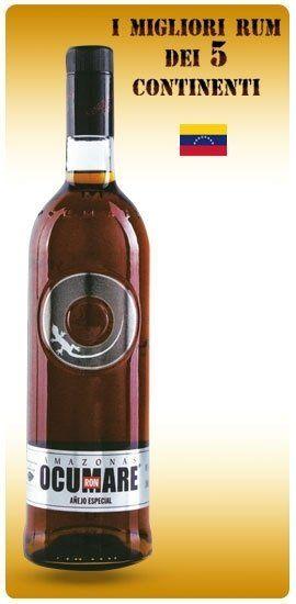 una bottiglia di rum Ocumare