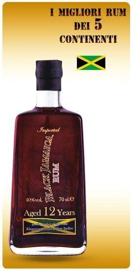 una bottiglia di rum Black Jamaica