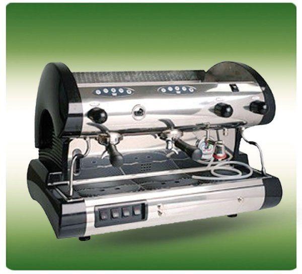 una macchina del caffè da bar in metallo
