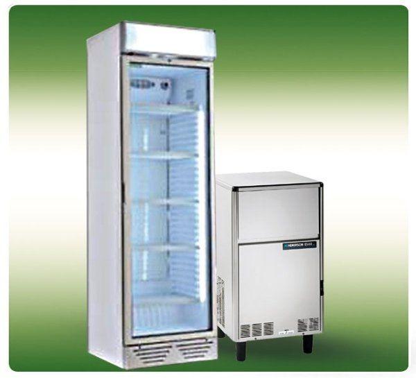 un frigorifero da bar e uno piccolo in acciaio