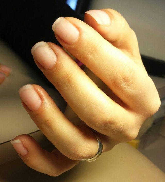 ricostruzione unghie dopo 4 settimane