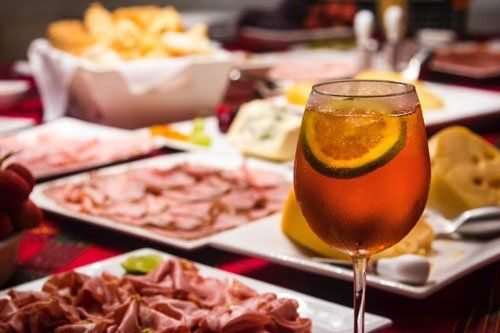 buffet illimitato e un drink a scelta