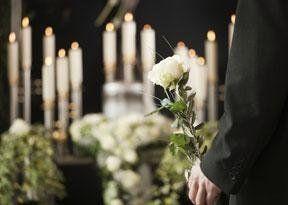 Addobbi funebri e floreali