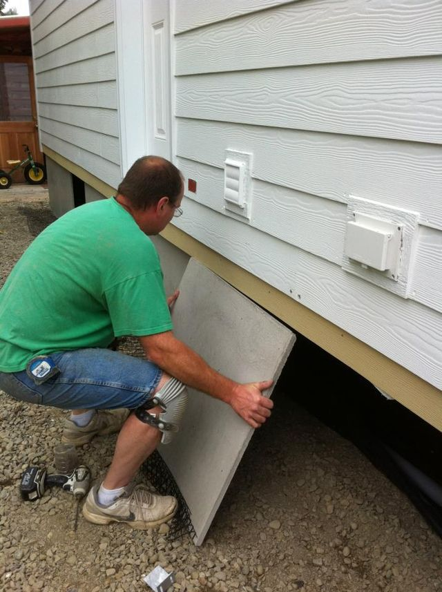 DIY Mobile & Manufactured Home Skirting Kits | 360-419-9909