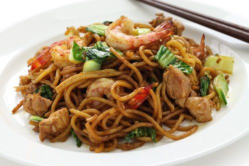 Shrimp Chow Mein served chinese restaurant in Tomah, MO