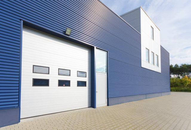 Bon Garage Door Specialists!