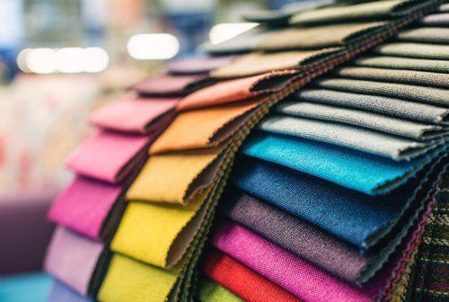 Campioni di tessuto di rivestimento colorato Tappezzeria Nautica di Trapani