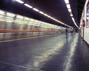 pavimentazione stazione in gomma