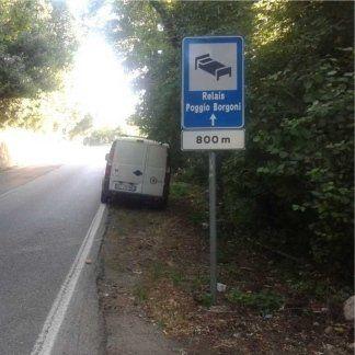 segnali di servizio alberghiero