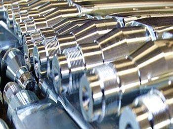 trattamento industriale su componente in metallo