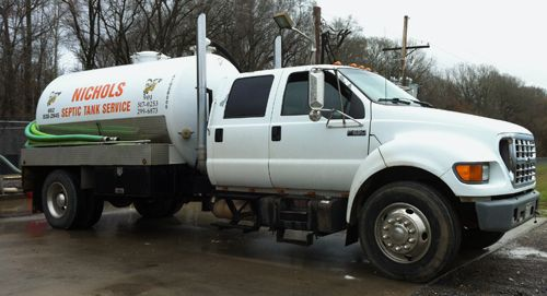Nichols Septic Tank Company's contractors get your septic tank pumped out in Byhalia, MS