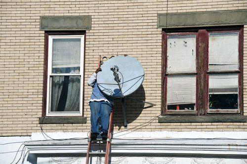 riparazione antenna satellitare