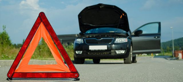 Need fast breakdown recovery assistance in Taunton?