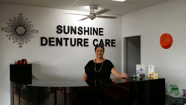 Receptionist at Sunshine Denture Care